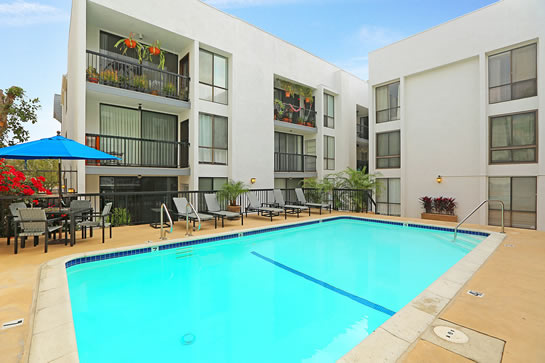 906 North Doheny Drive #215 West Hollywood